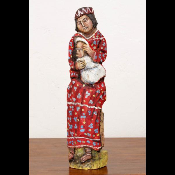 Escultura tallada en madera tarahumara